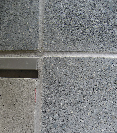 detail-concrete-wall-and-flashing