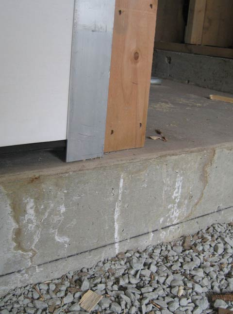 garage-door-sill-and-jamb-condition