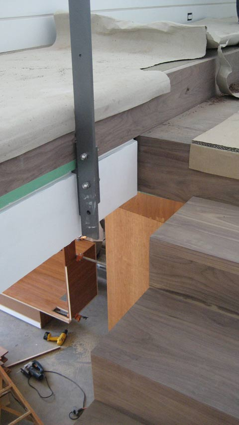 guard-stanchion-attachments-at-stair