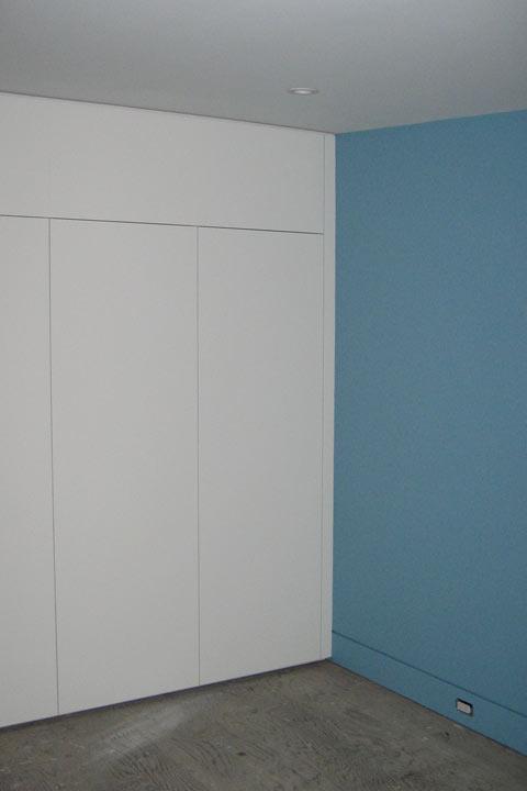 millwork-closet-closed