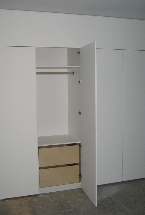 millwork-closet-open
