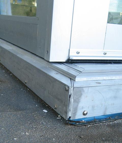 slider-door-exterior-corner