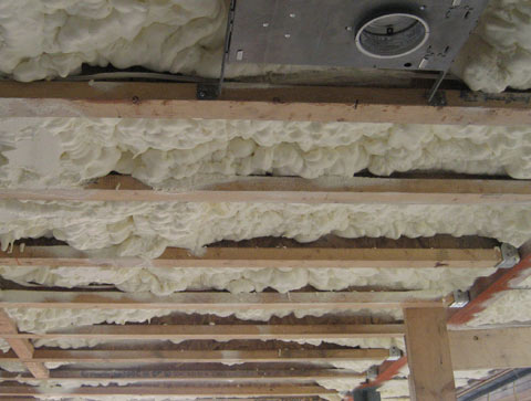 spray-foam-insulation-04