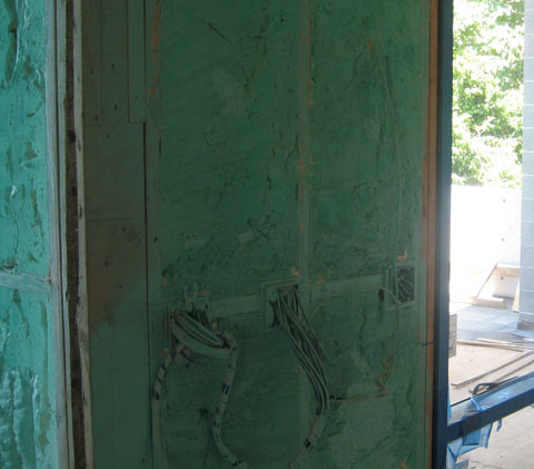 spray-foam-insulation-05