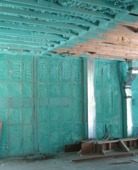 spray-foam-insulation-06