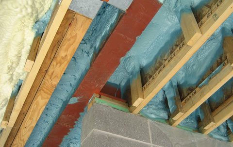 spray-foam-insulation-09