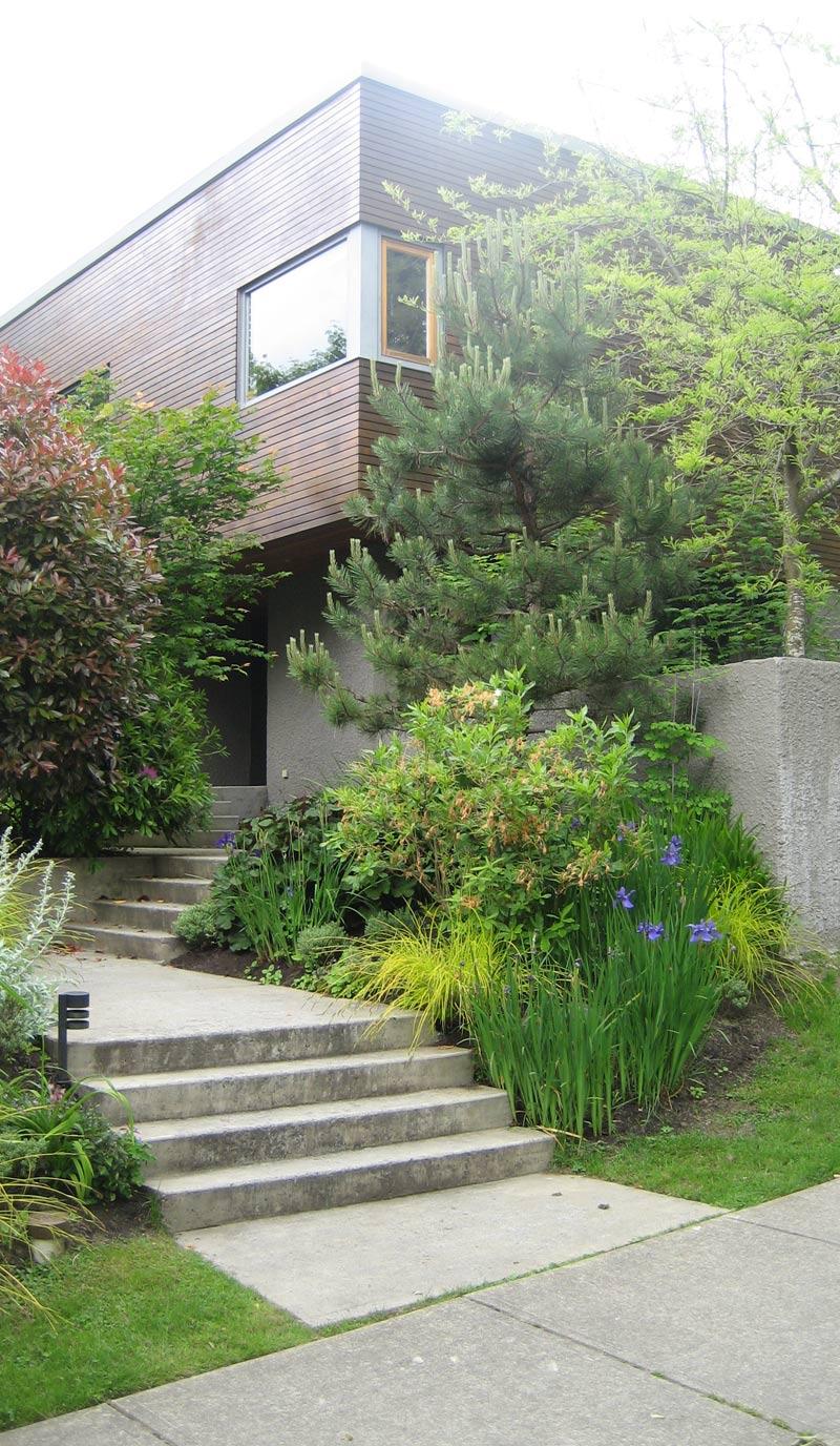 entrance-landscaping