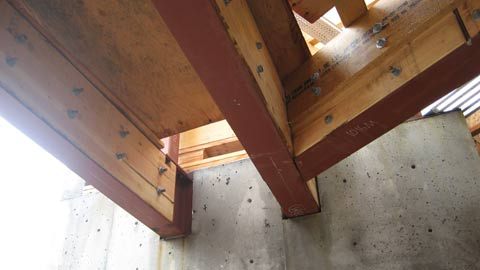 glulam-to-steel-connection-framing-concrete-wall-pocket