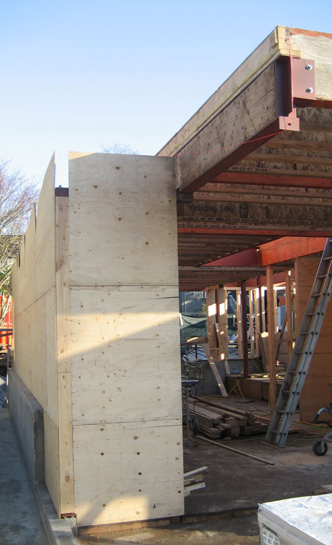 cantilevered-floor-supported-by-a-steel+beam