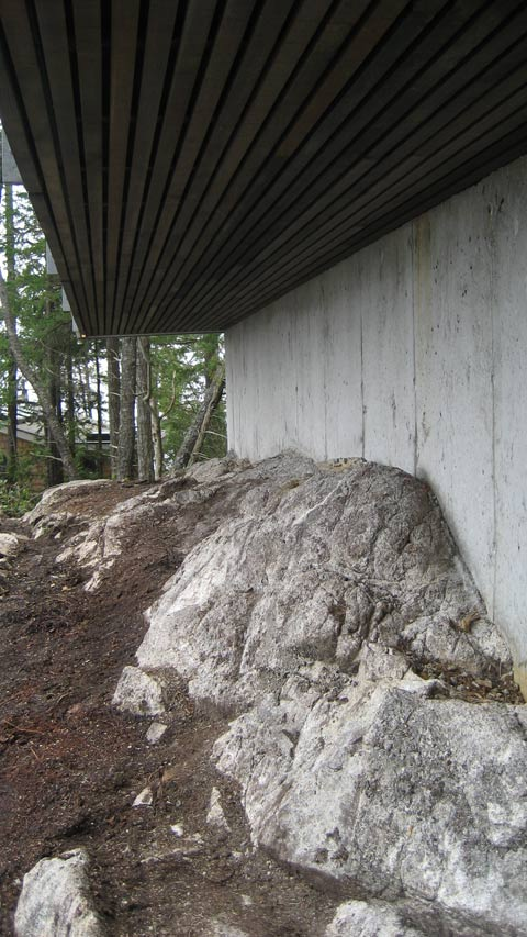 cedar-soffit-over-rock