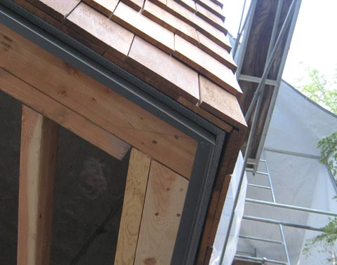 insect-screen-detail-cedar-shingles-and-metal-drip-edge