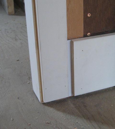 interior-door-trim-bottom-condition-at-baseboard