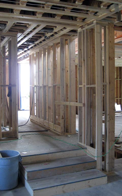 interior-wall-wood-framing-interior-steps-framing