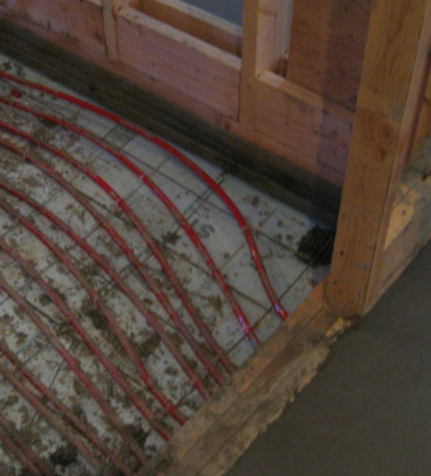 radiant+floor-tubing-in-place-over-rigid+insulation