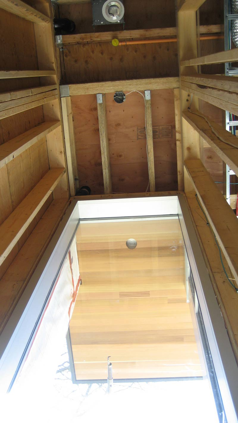 cantilevered-soffit-parallam-framing