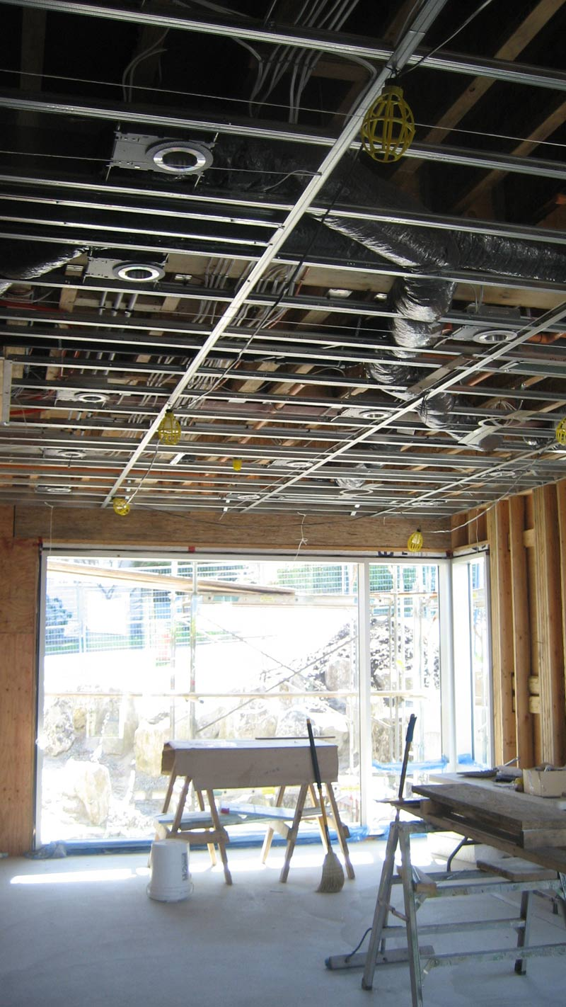 t-bar-drywall-ceiling-in-residential-house