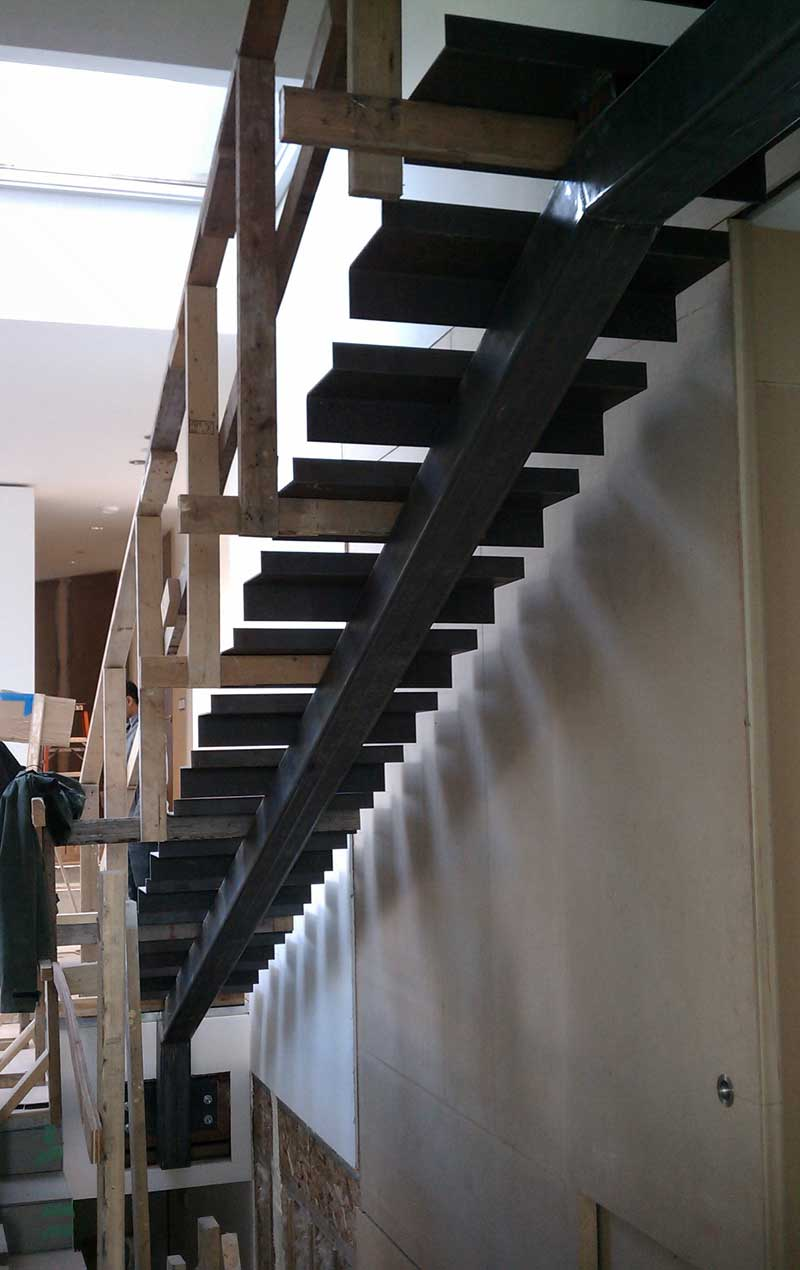 INTERIOR-STAIR-STEEL-STRINGER