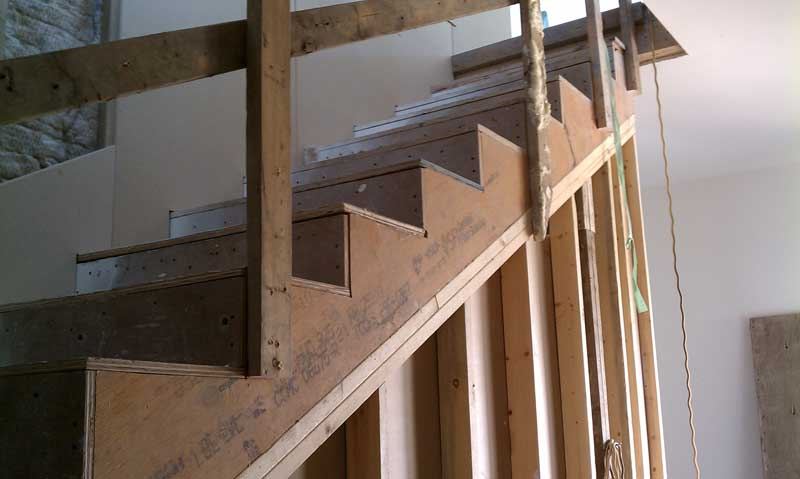 INTERIOR-WOOD-STAIR-FRAMING-STAIR-STRINGER