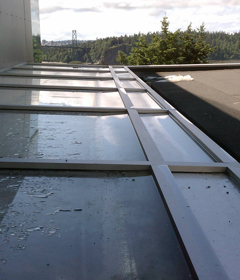 LOW-SLOPE-SKYLIGHT-FROM-OUTSIDE