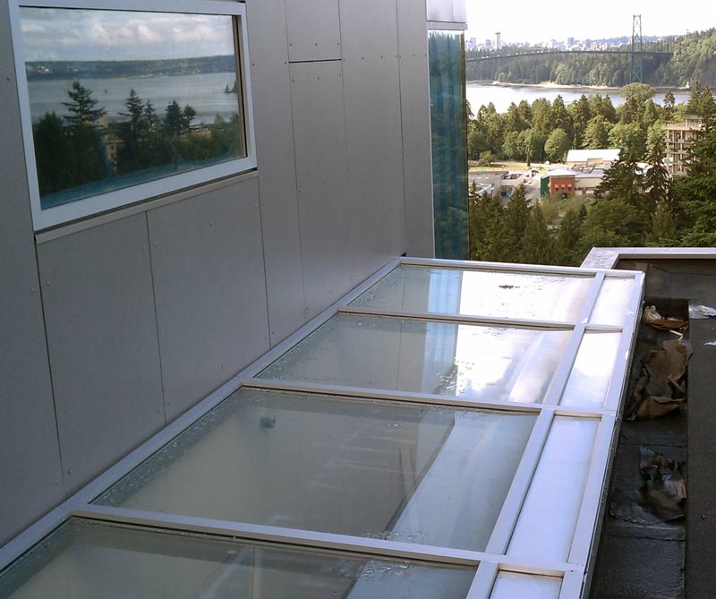 SKYLIGHT-EXTERIOR-OVERVIEW