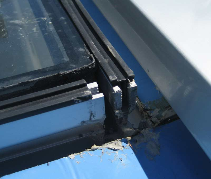 closeup-of-skylight-corner-curtain-wall-frame