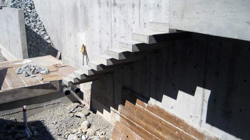 Exterior Concrete Cantilevered Stair Backview Detail. Detail Cantilevered  Concr Stair Home Building In Vancouver