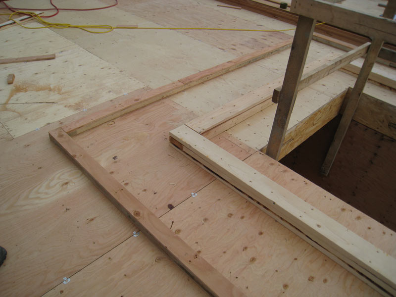 PERIMETER-ROOF-DRAINAGE-TROUGH-FRAMING