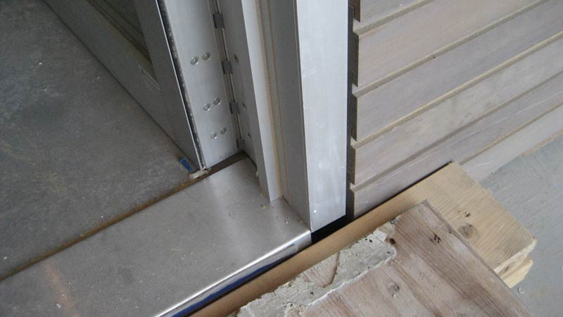 metal door threshold online image
