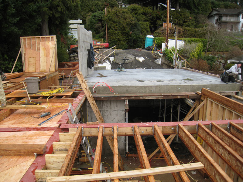 STEPPED-FLOOR-JOISTS-DEPRESSION-FOR-DECK-DRAINAGE