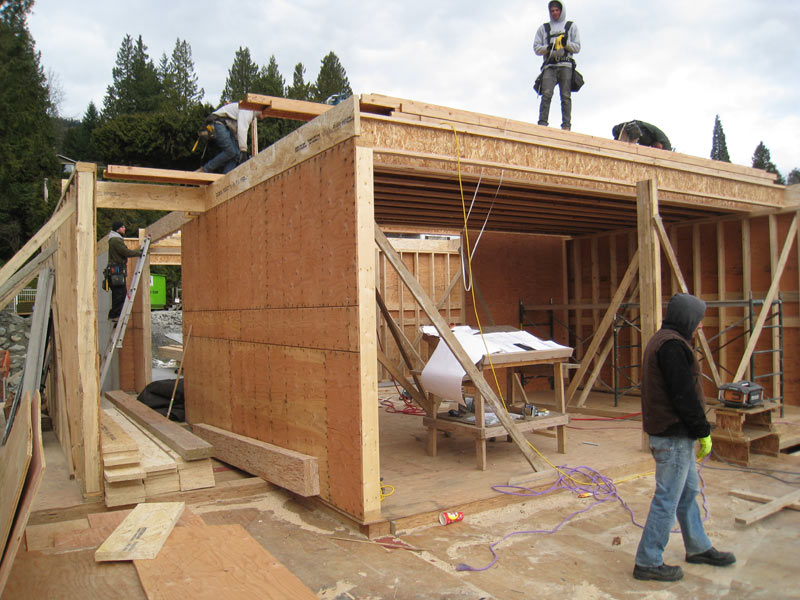 WALL-AND-ROOF-FRAMING