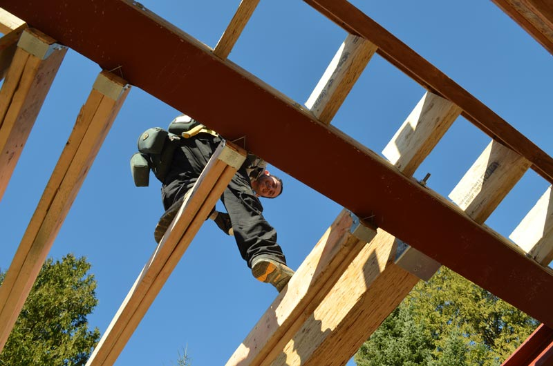 WOOD-FLOOR-JOISTS-FRAMED-TO-STEEL-BEAMS
