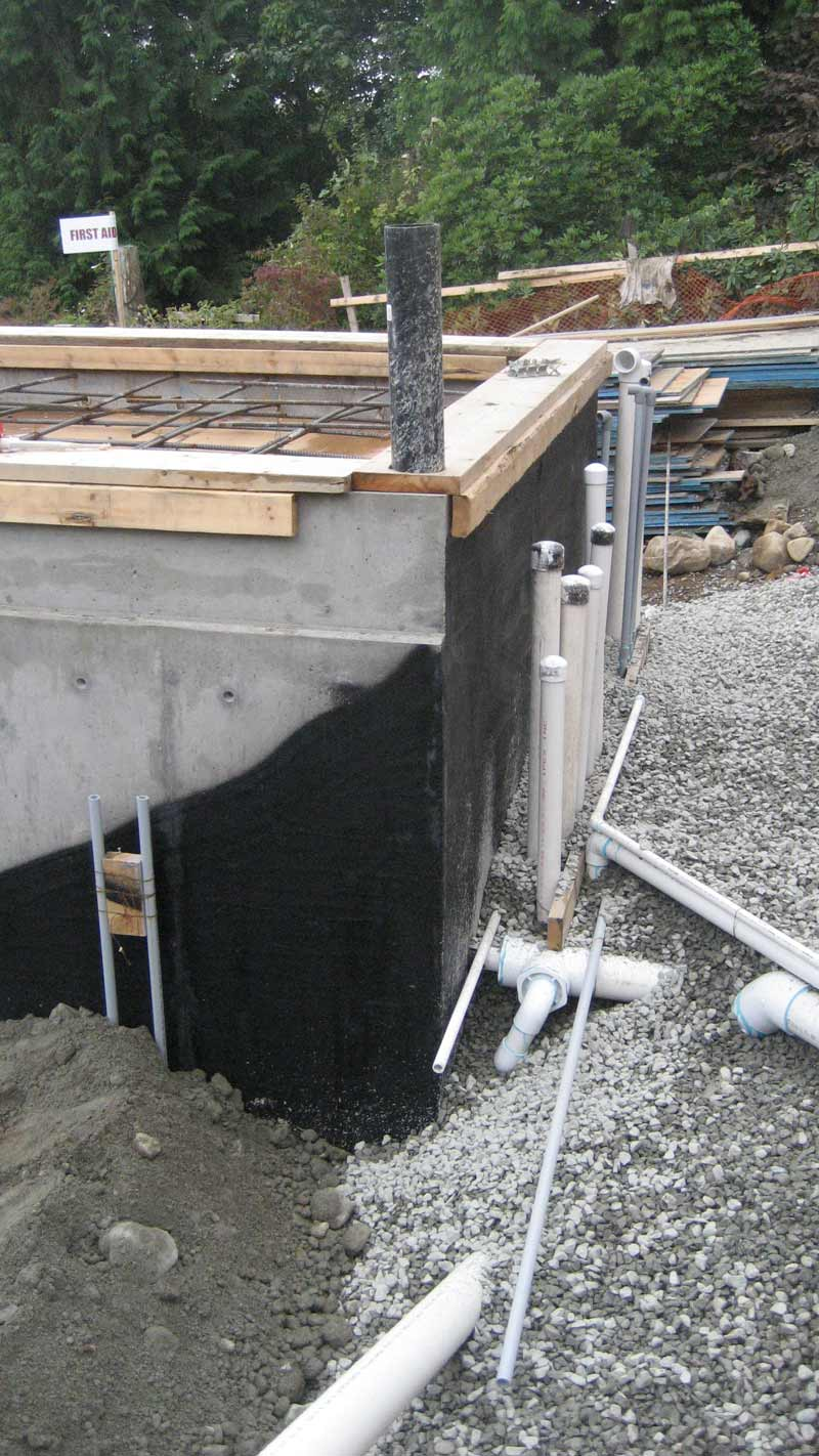 dampproofing-concrete-foundation-walls