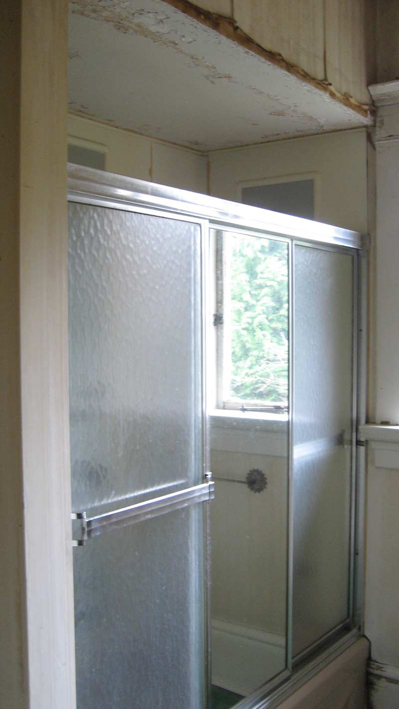 house-renovation-run-down-shower-stall-existing-condition