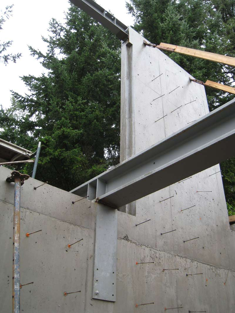 steel-beams-over-concrete