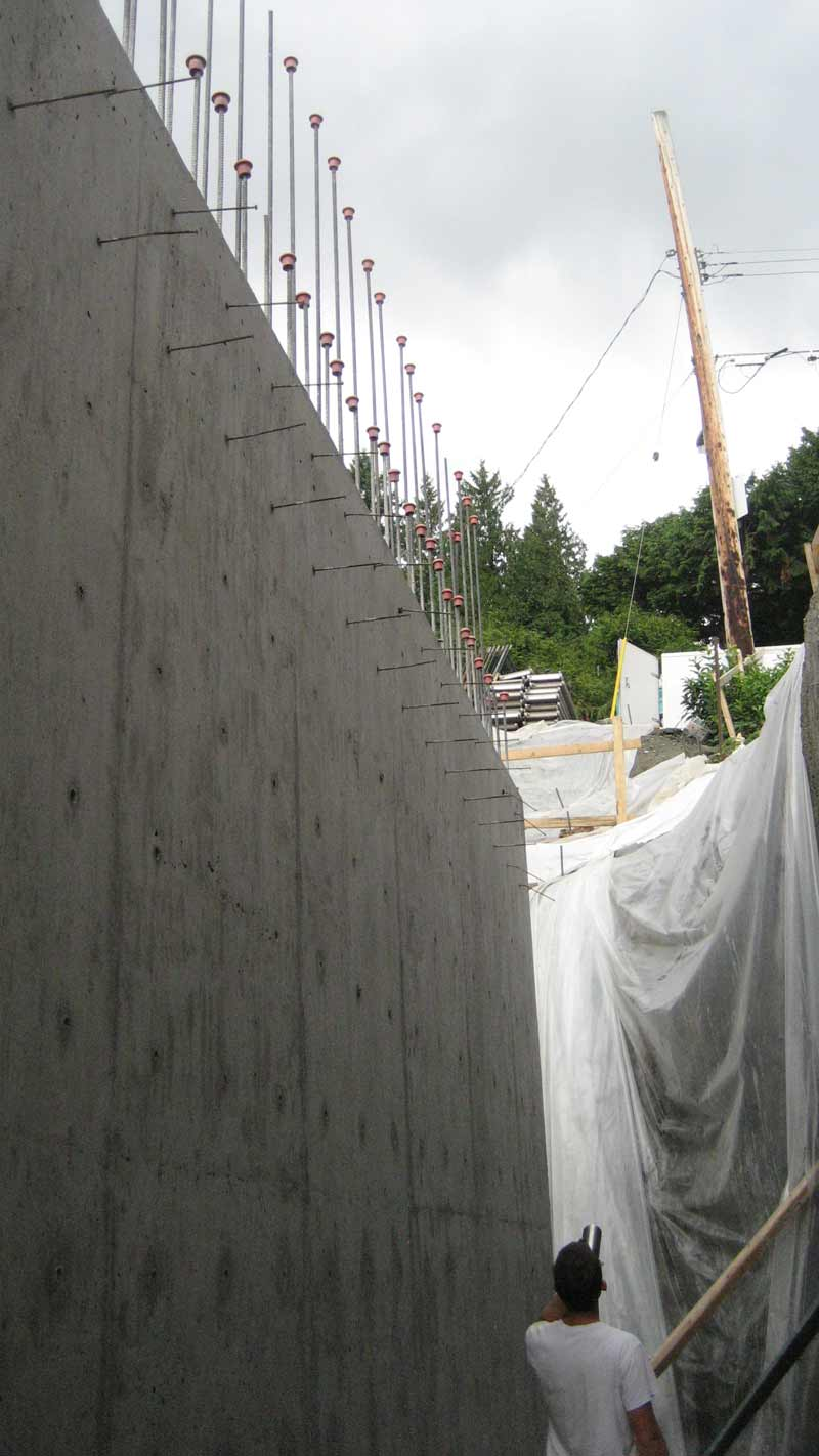 tall-concrete-foundation-wall-first-pour