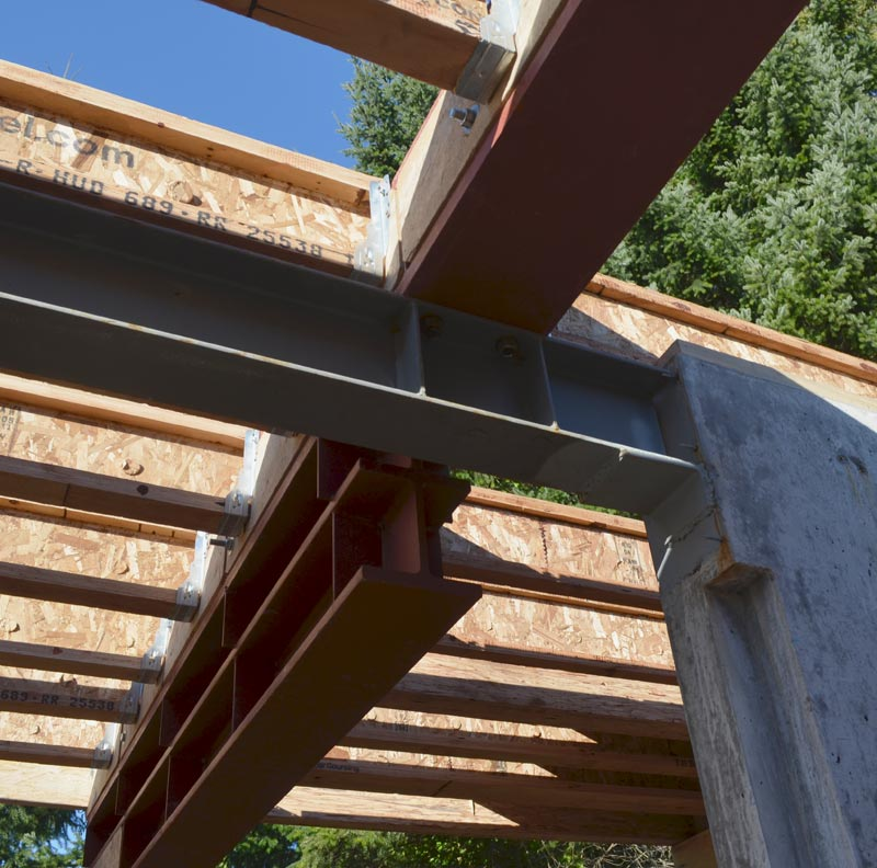 COMPOUND-STEEL-BEAM-CONNECTION-AND-CANTILEVERED-STEEL-BEAM