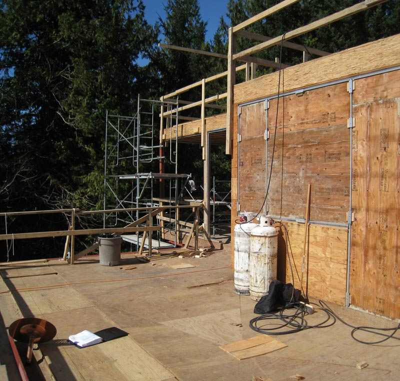 SLOPED-DECK-SHEATHING-FOR-DRAINAGE