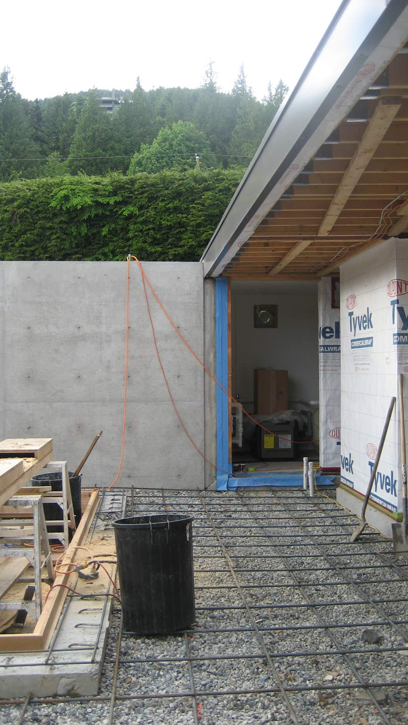 concrete-pool---formwork-for-second-pour-around-pool-adges---reinforcement-for-slab-on-grade-around-pool---view-at-pool-house