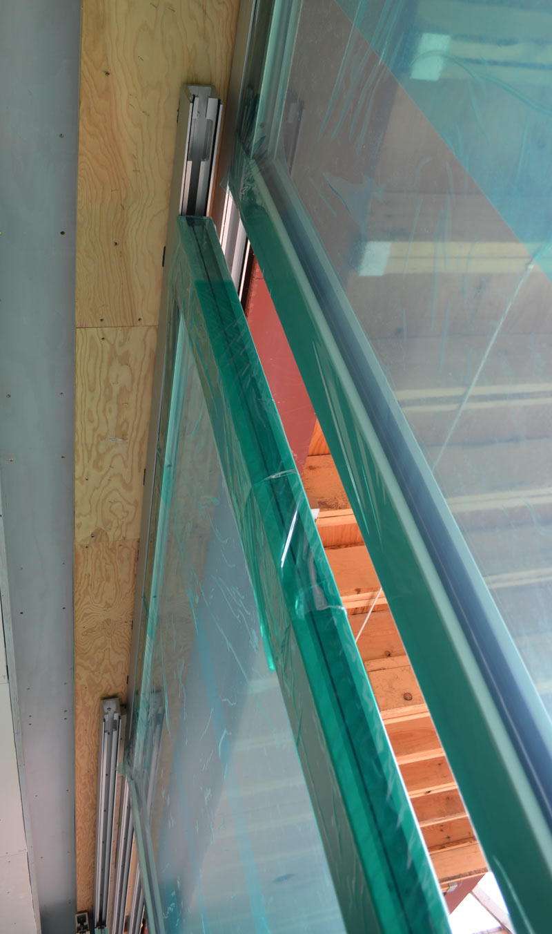 TOP-HUNG-SLIDER-DOOR------TOP-TRACK-DETAIL-----HUNG-DOOR-PANEL