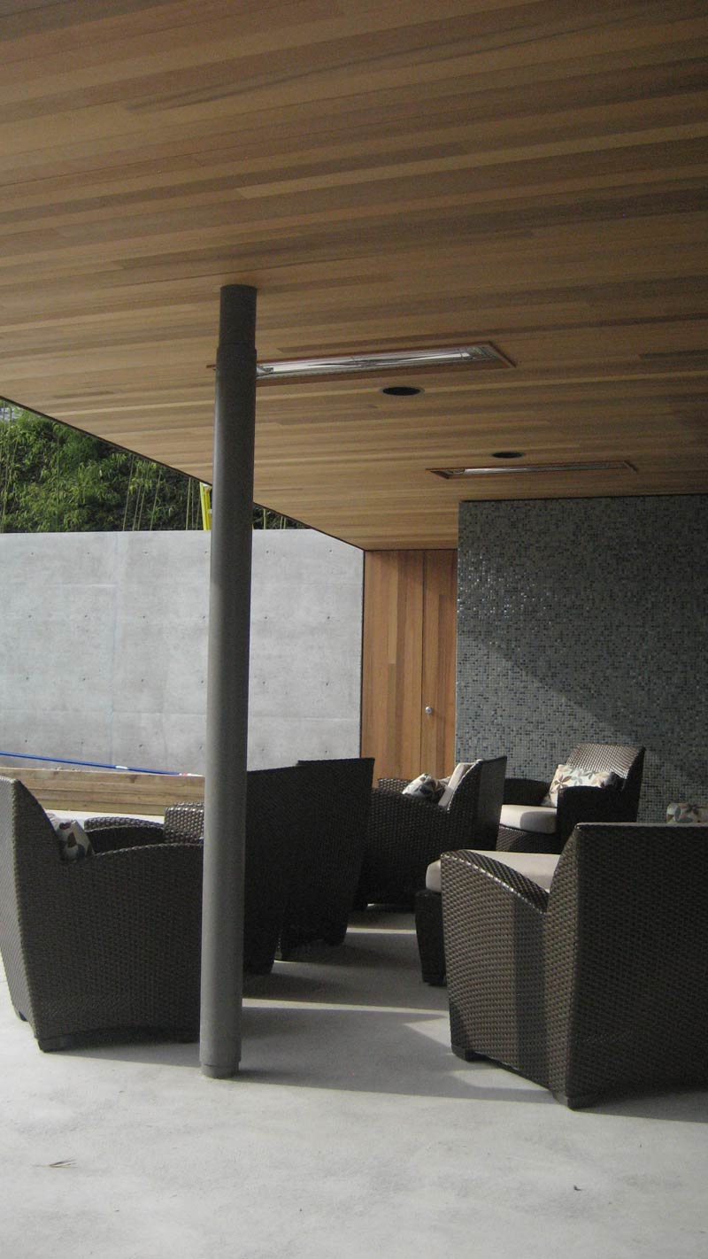 Cedar-soffit-at-pool-house