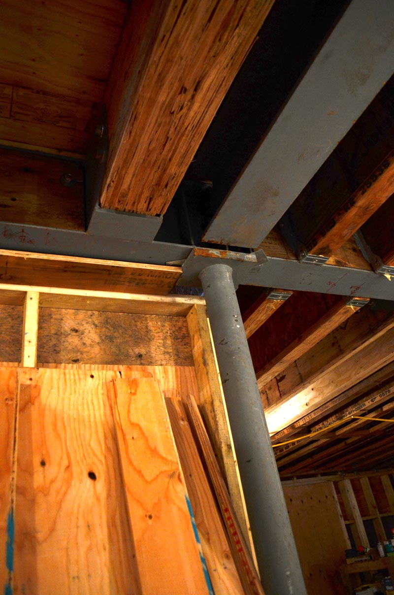 HSS-ROUND-COLUMN-SUPPORTING-I-BEAMS-AND-PARALLAM-BEAMS-IN-BASEMENT