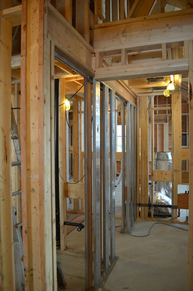 POCKET-DOOR-FRAMING-WITH-STEEL-STUDS