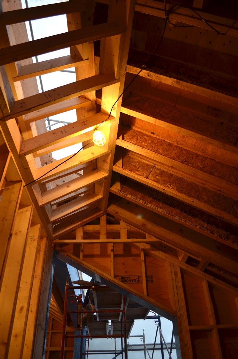 VAULTED-CEILING-PLUS-A-CONCEALED-SKYLIGHT-FRAMING