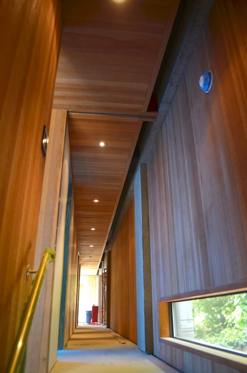 ARTHUR-ERICKSON-WOOD-FINISHED-CORRIDOR-AT-EPPICH-HOUSE