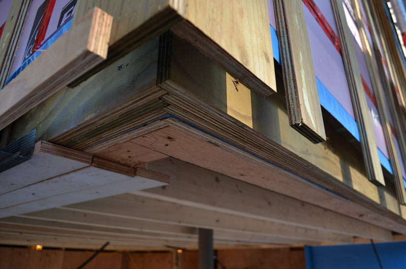 CORNER-CONDITION-AT-EXTERIOR-RIGID-FOAM-INSULATION-INSTALLATION