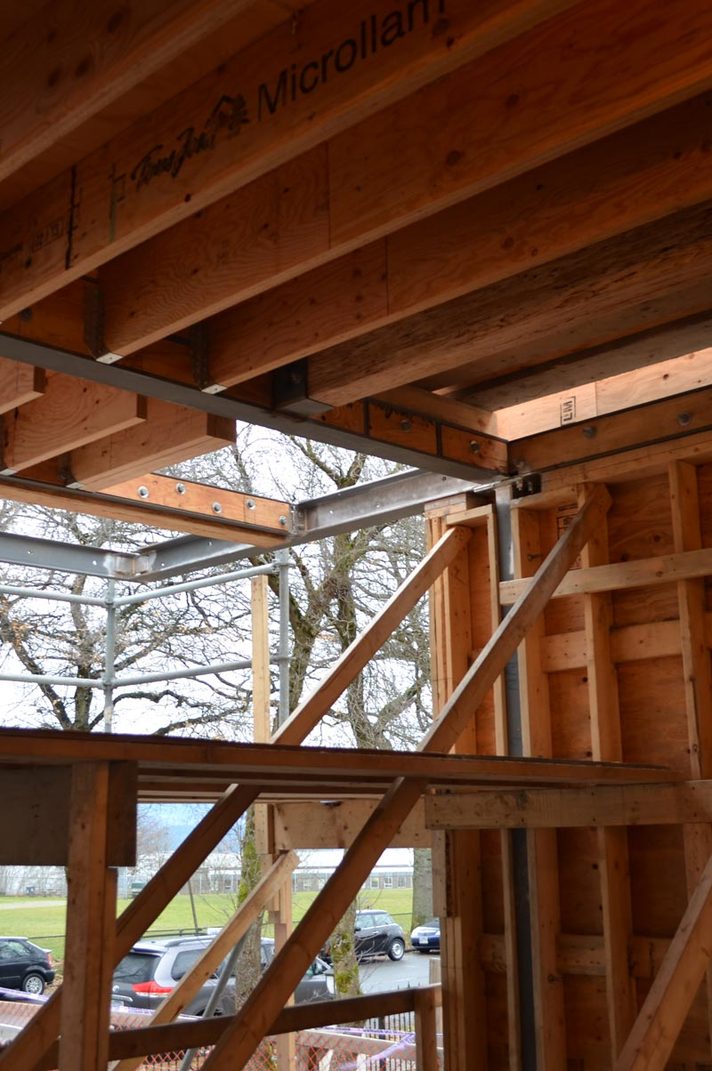 cantilevered-floor---steel-beams-and-wood-joists