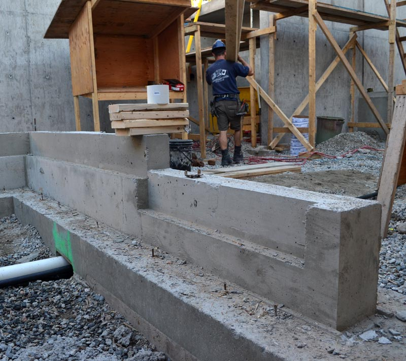 concrete-footings-and-foundation-walls