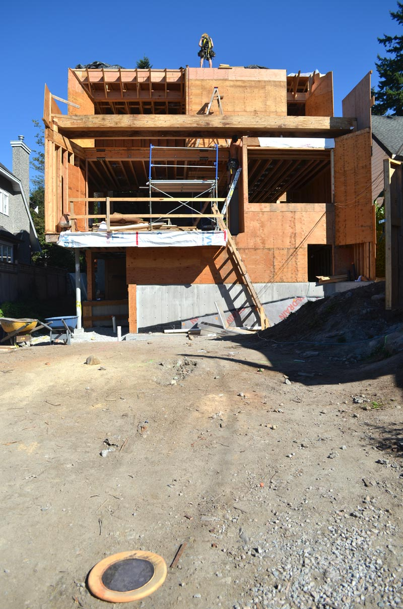 house-framing,-back-facade
