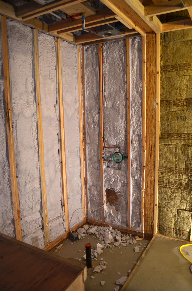 spray-foam-insulation-applied-at-wood-framed-walls-2