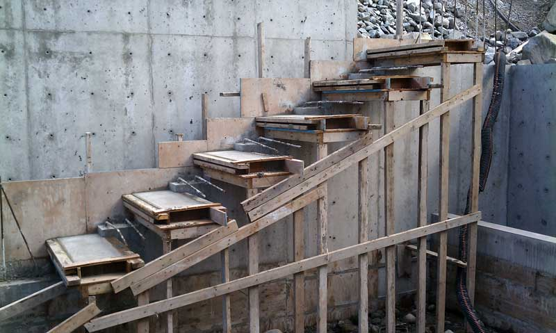 Cantilevered Concrete Stair Formwork Overall